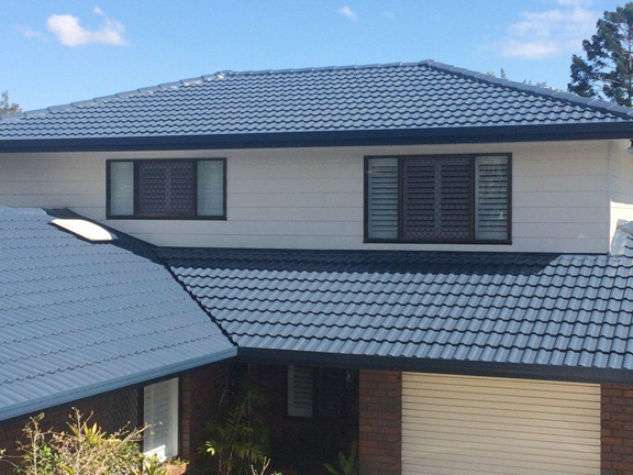 full-tiled-roof-restoration-inc-replace-broken-tiles-clean-and-paint